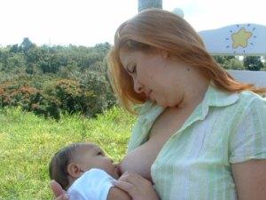 Dar el pecho reduce el riesgo futuro de obesidad de la madre