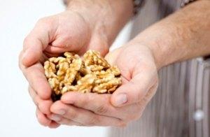 Un consumo diario de nueces ayuda a mejorar el esperma.